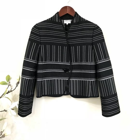 8a0d6917d697 Armani Collezioni Jackets   Blazers - Armani Collezioni jacquard jacket